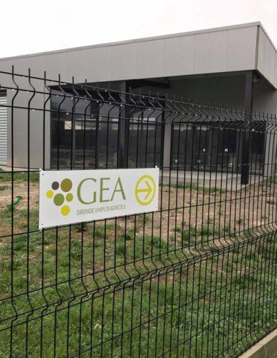Signalétique et logo du groupe GEA par C'est d'Ici communication santé à Bordeaux